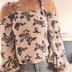 american eagle off the shoulder flower top size M